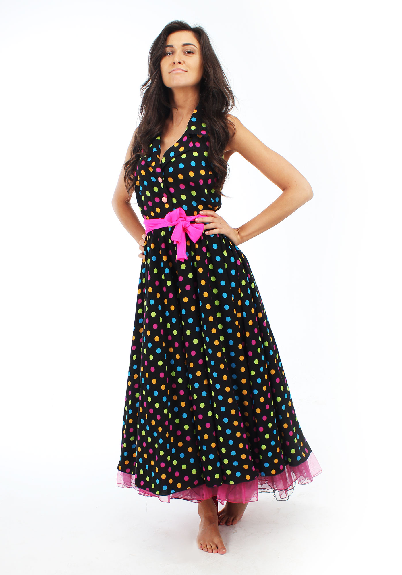 0d4fe82353f Описание  Длинное платье в горошек - то